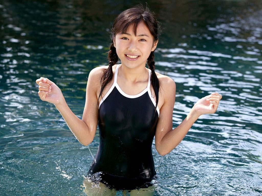 スクール水着や竞泳水着がエロい (15)